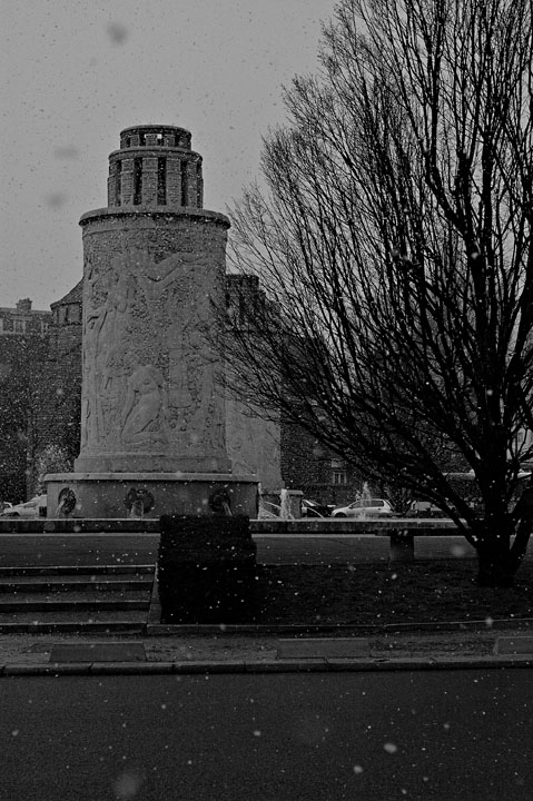 Snowing over Porte de St Cloud