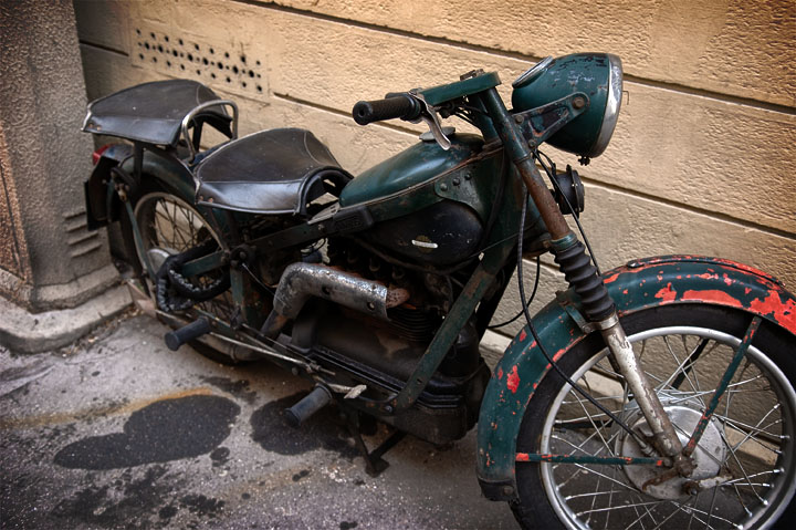 Old (military?) motorbike